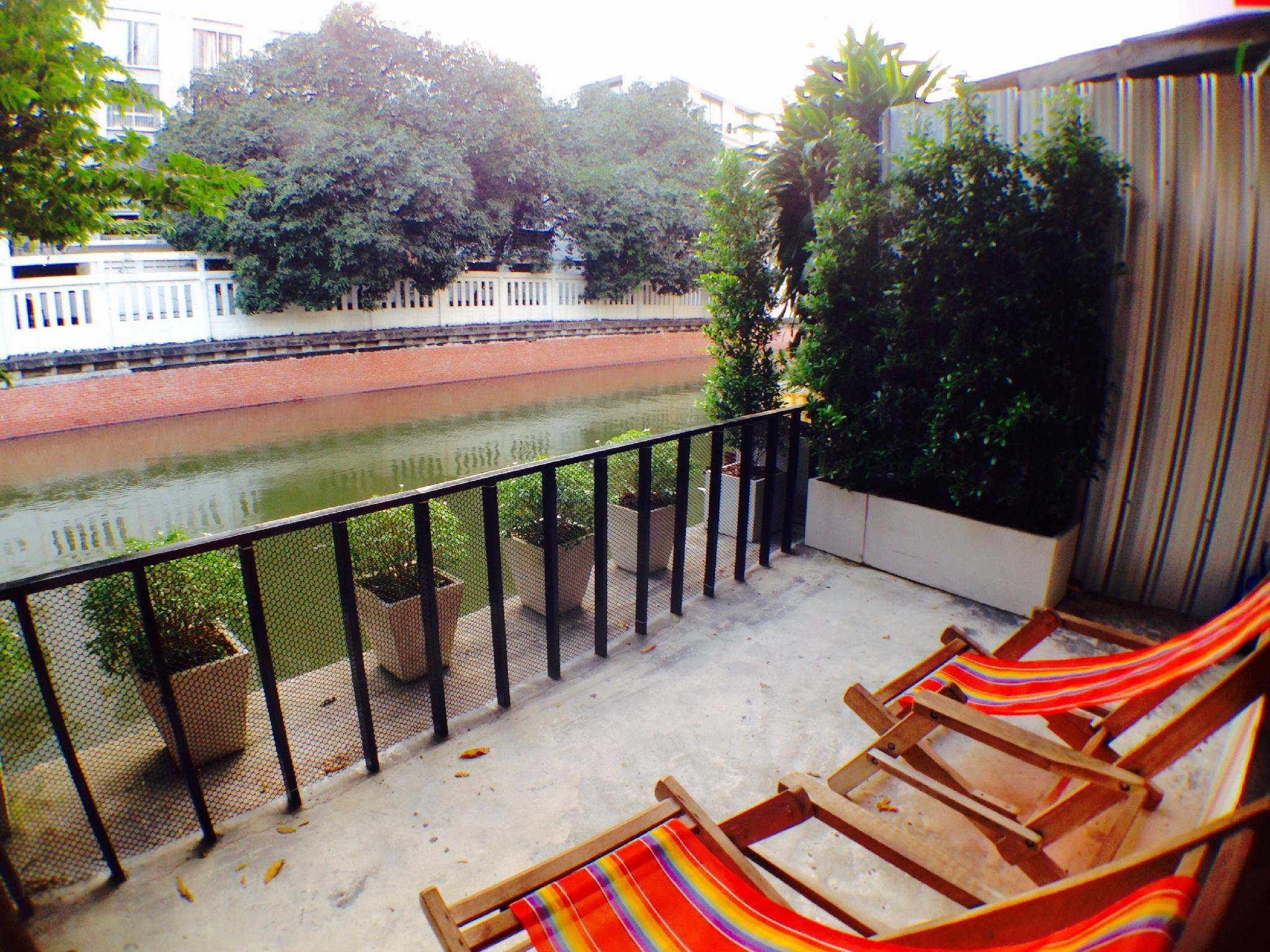 Viman House   Canal View