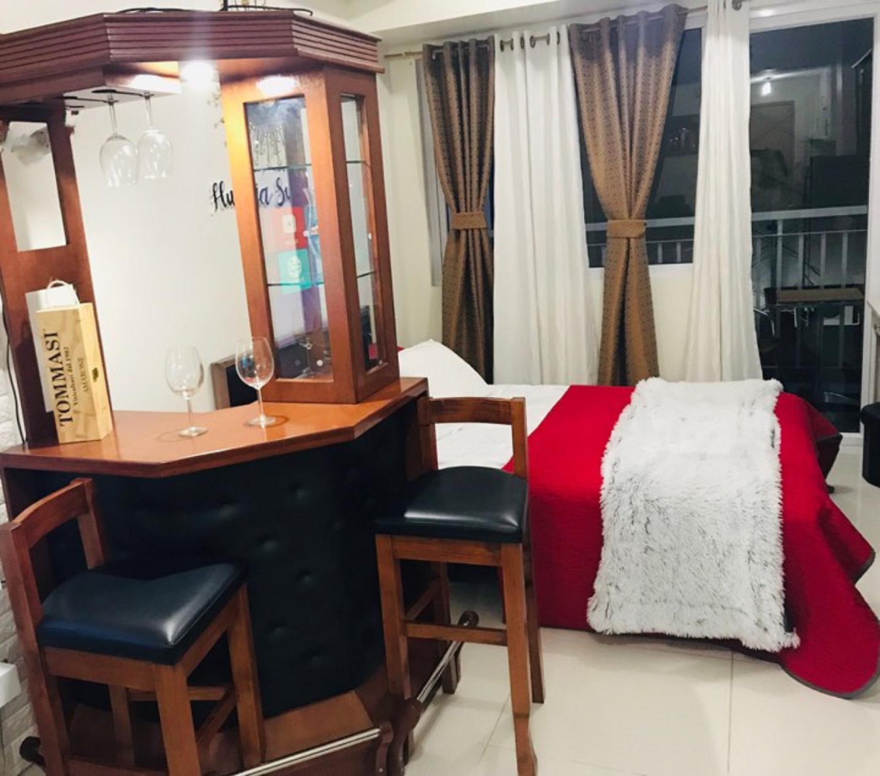 Hunaja Suite Wind Residences TAGAYTAY