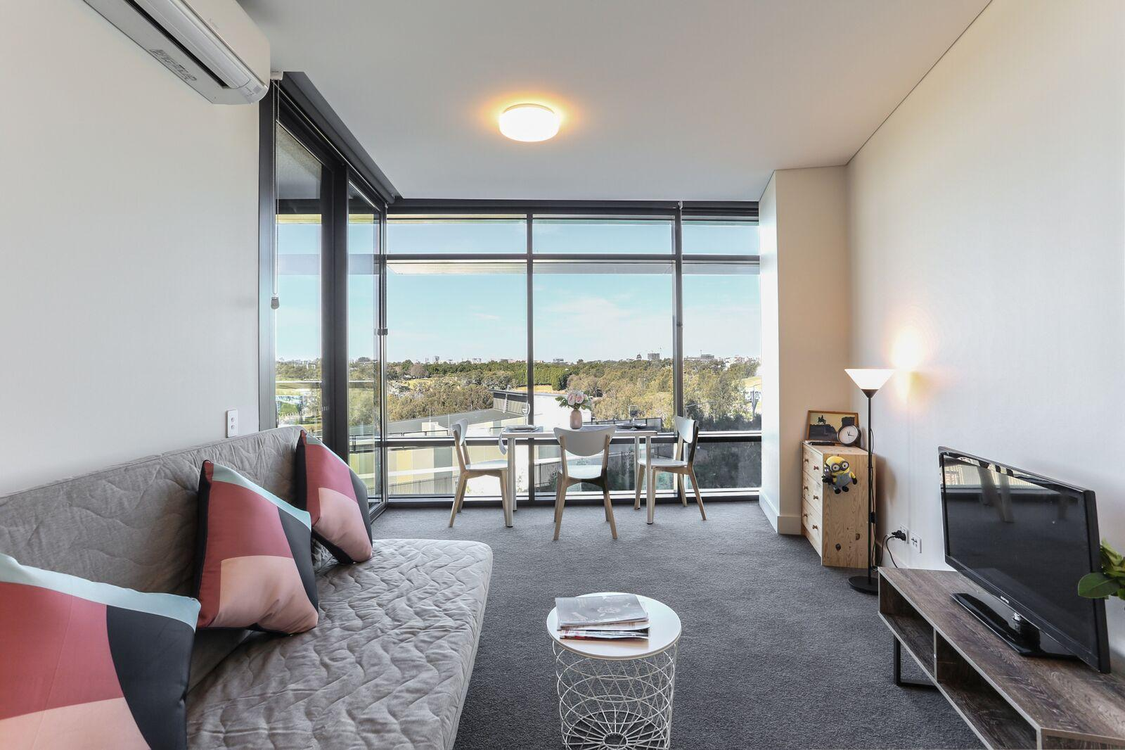 Highrise One Bedroom Apartment @ Olympic Park+WiFi