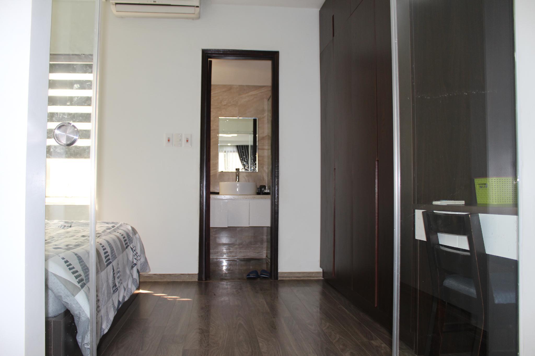 Adapt Apartment Tay Ho 4B