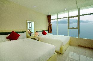 Фото отеля 32. OCEAN VIEW FROM BEDROOM APARTMENT 4 people-40