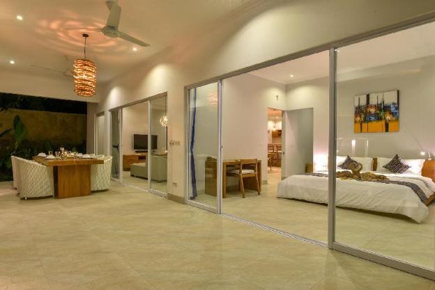 VILLA SANEVA – PRIVATE AND LUXURIOUS BEACHFRONT