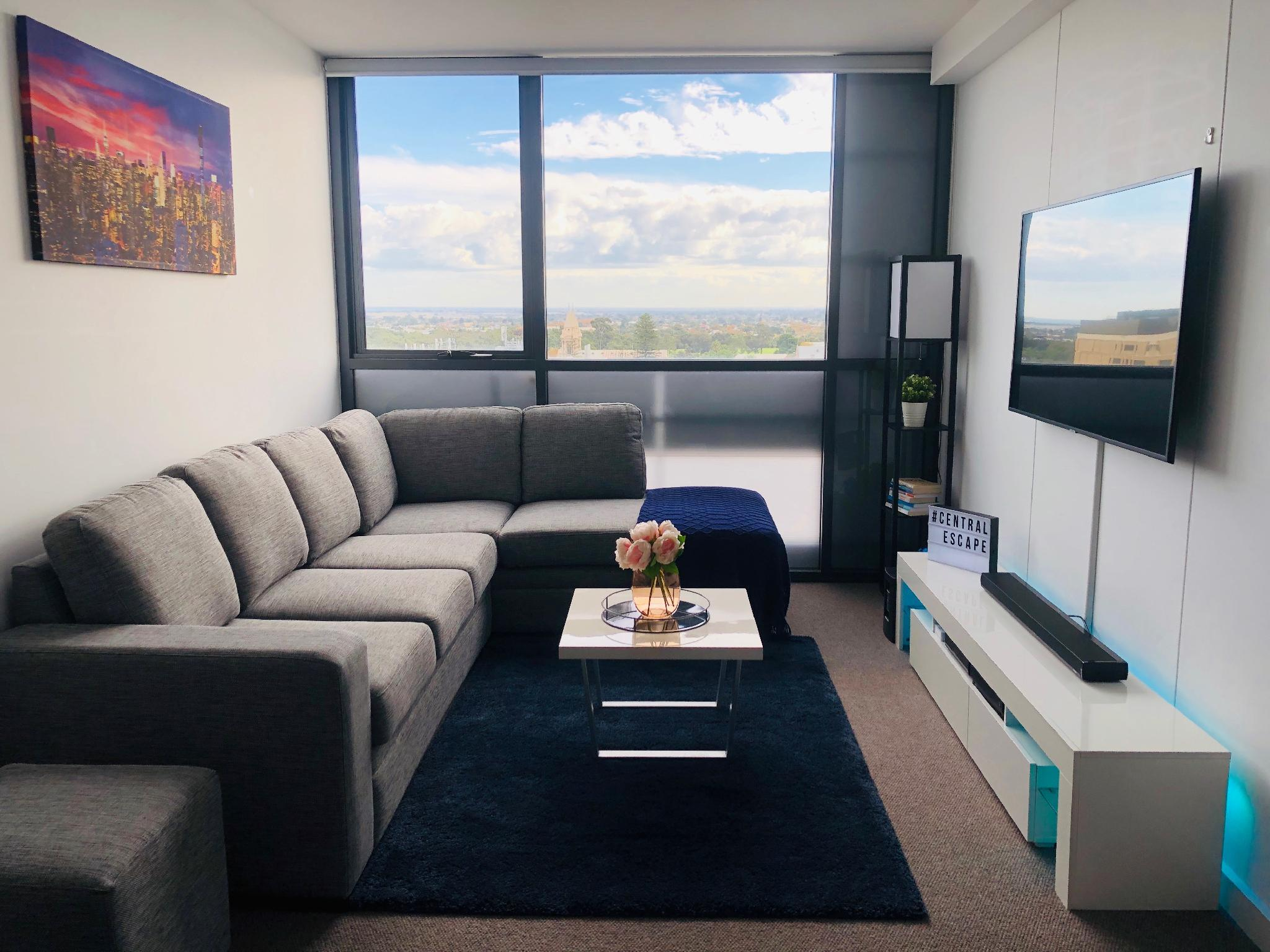 Central Adelaide Apartment Work Vacation Parking