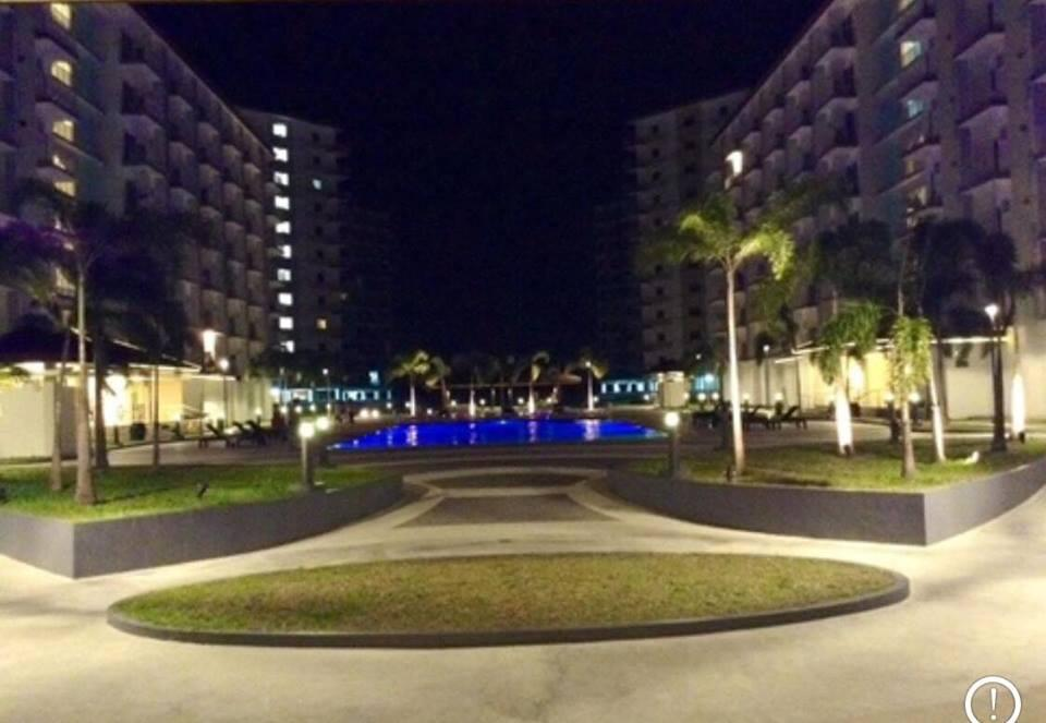 Field Residences Unit A1010 Near Airport 1