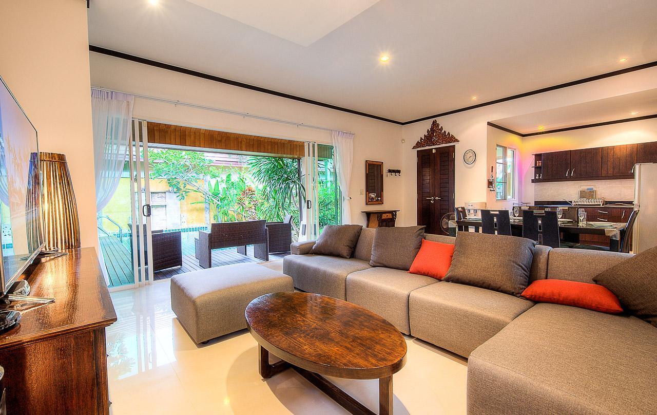 3 BDR Bali Style Pool Villa 100 Meter To Community