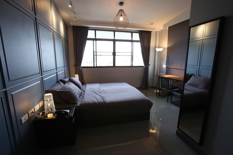 PAMAhouse : Superior Room with rooftop terrace อพาร์ตเมนต์ 1 ห้องนอน 1 ห้องน้ำส่วนตัว ขนาด 25 ตร.ม. – ริมแม่น้ำกรุงเทพ