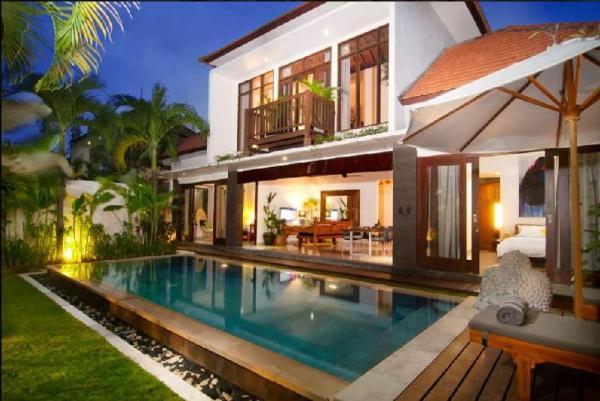 Villa Erja 3 br - private pool-close Seminyak Bali