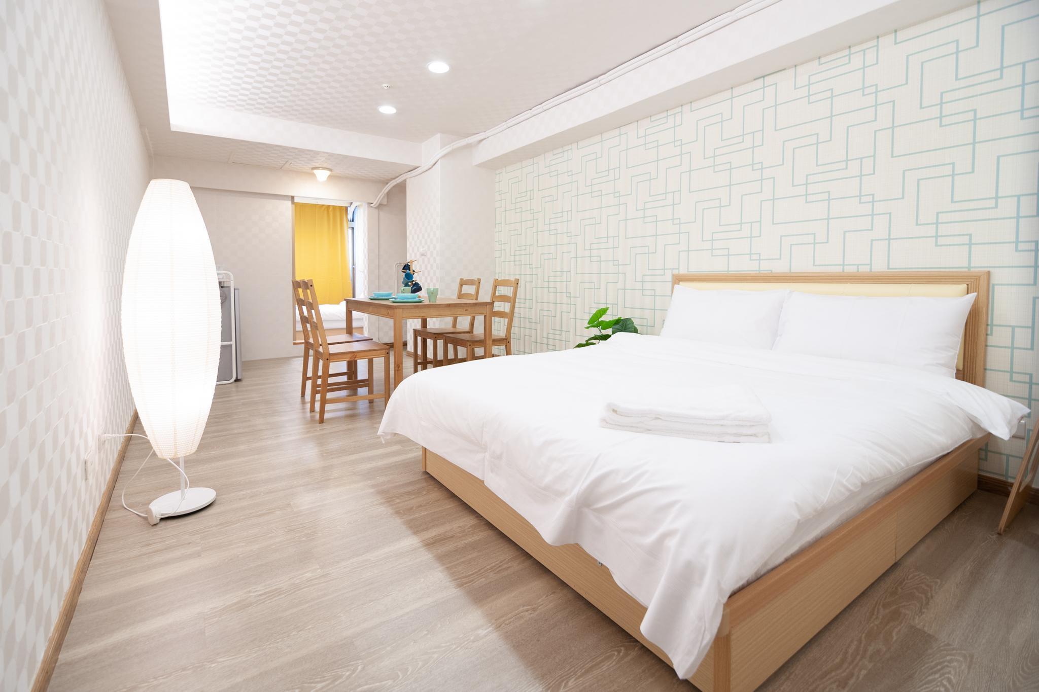 CD0411 Cozy Apartment 5 Minuets Ximen MRT 2 6ppl