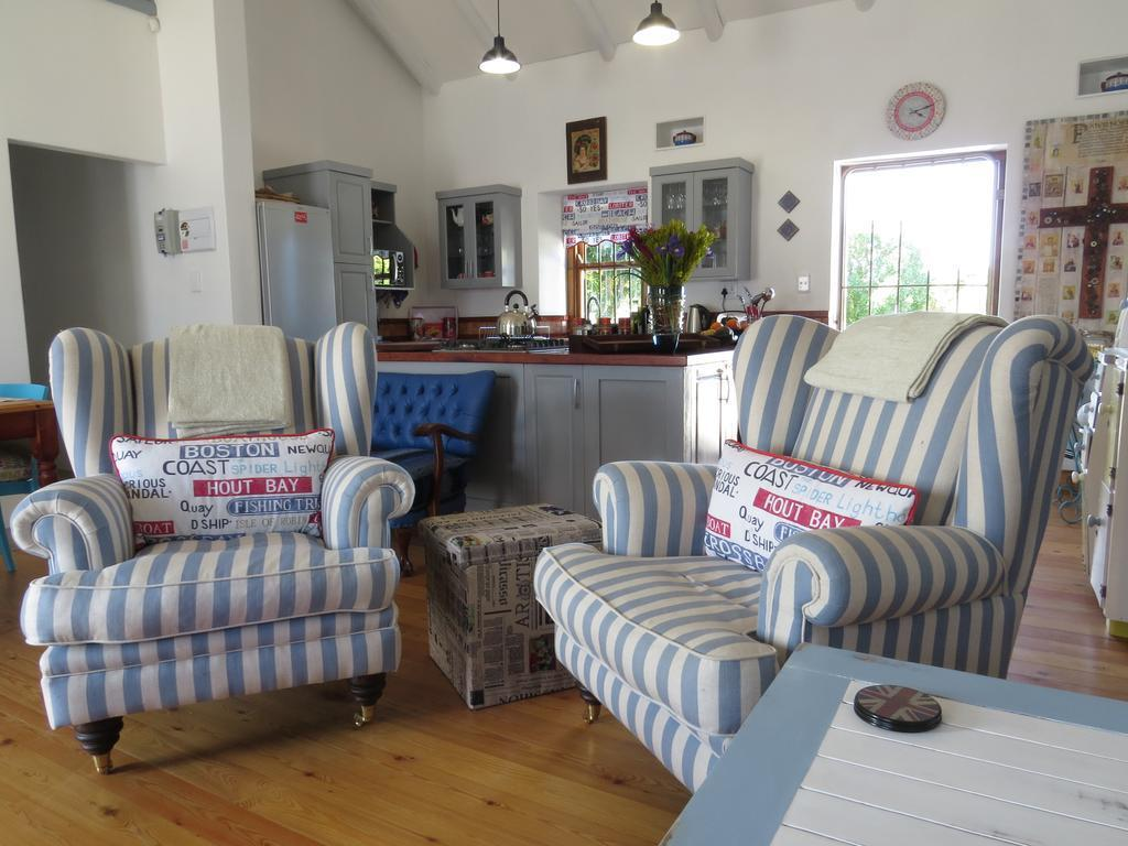Spacious And Tastefully Decorated Holiday Home