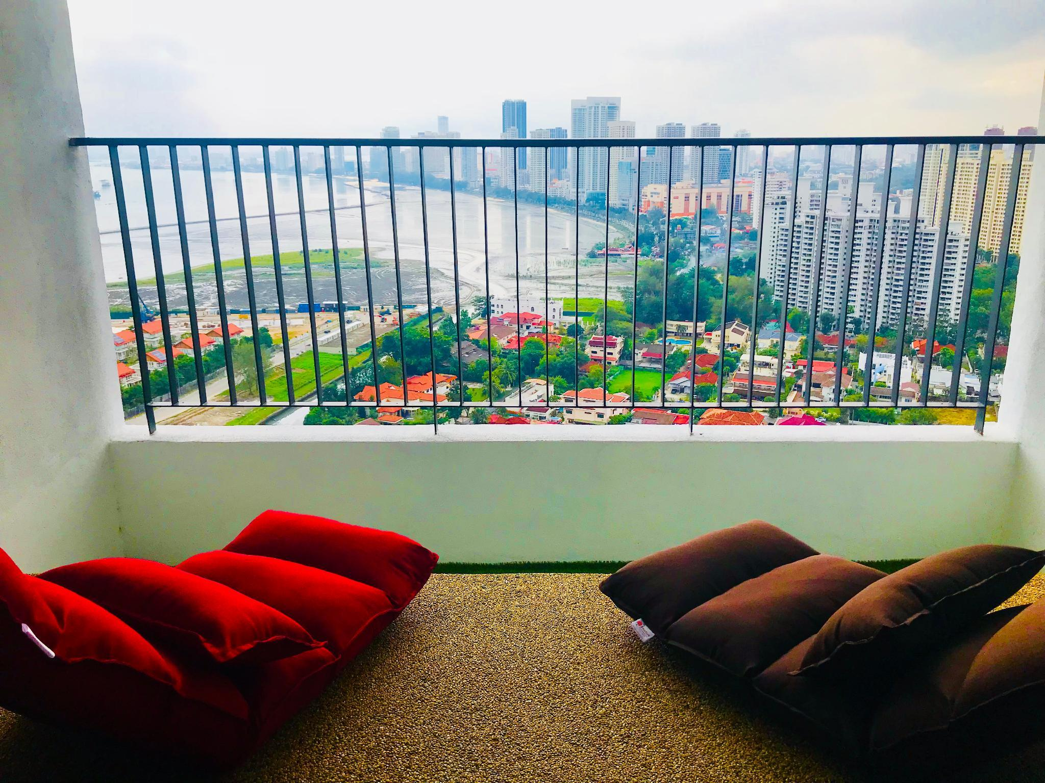 Comfort 3BR Suite W  Amazing View Balcony