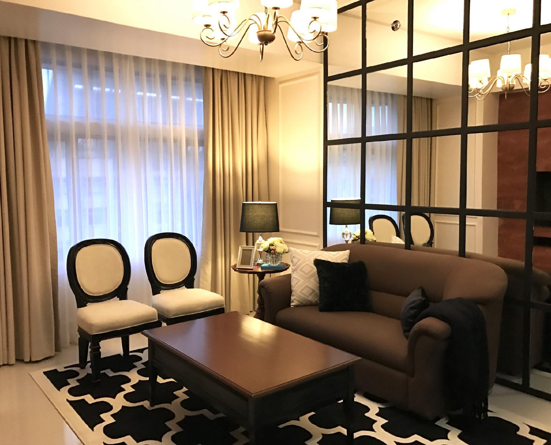 2 Bedroom Araneta Center Luxurious Condo