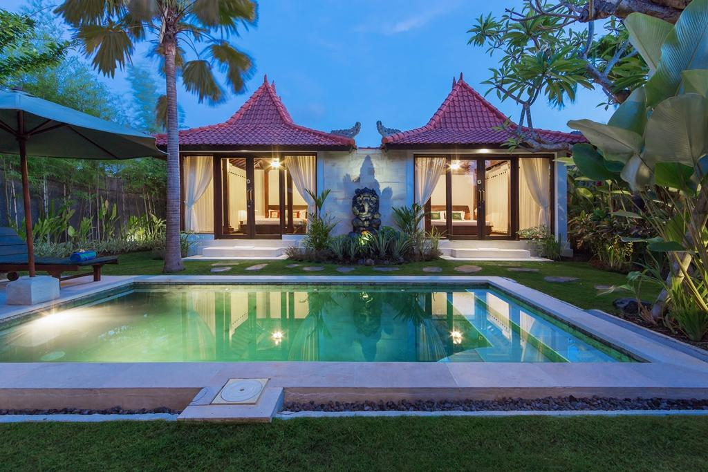 Family Two Bedroom Private Pool Villa At Anyar