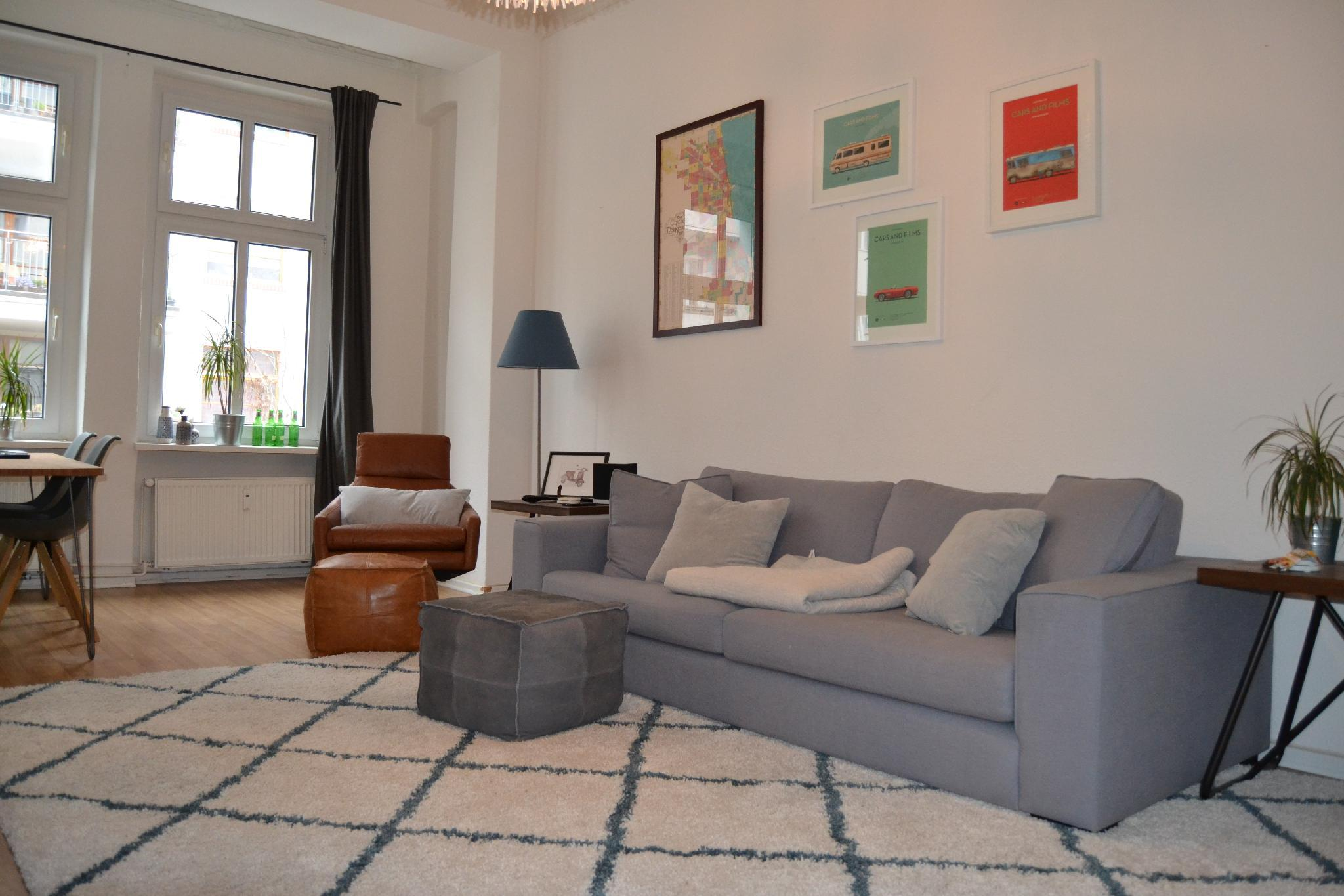 Large Apartment In Heart Of Friedrichshain