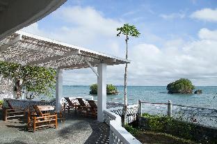 picture 1 of Gorgeous beachfront Mediterranean-Style Villa