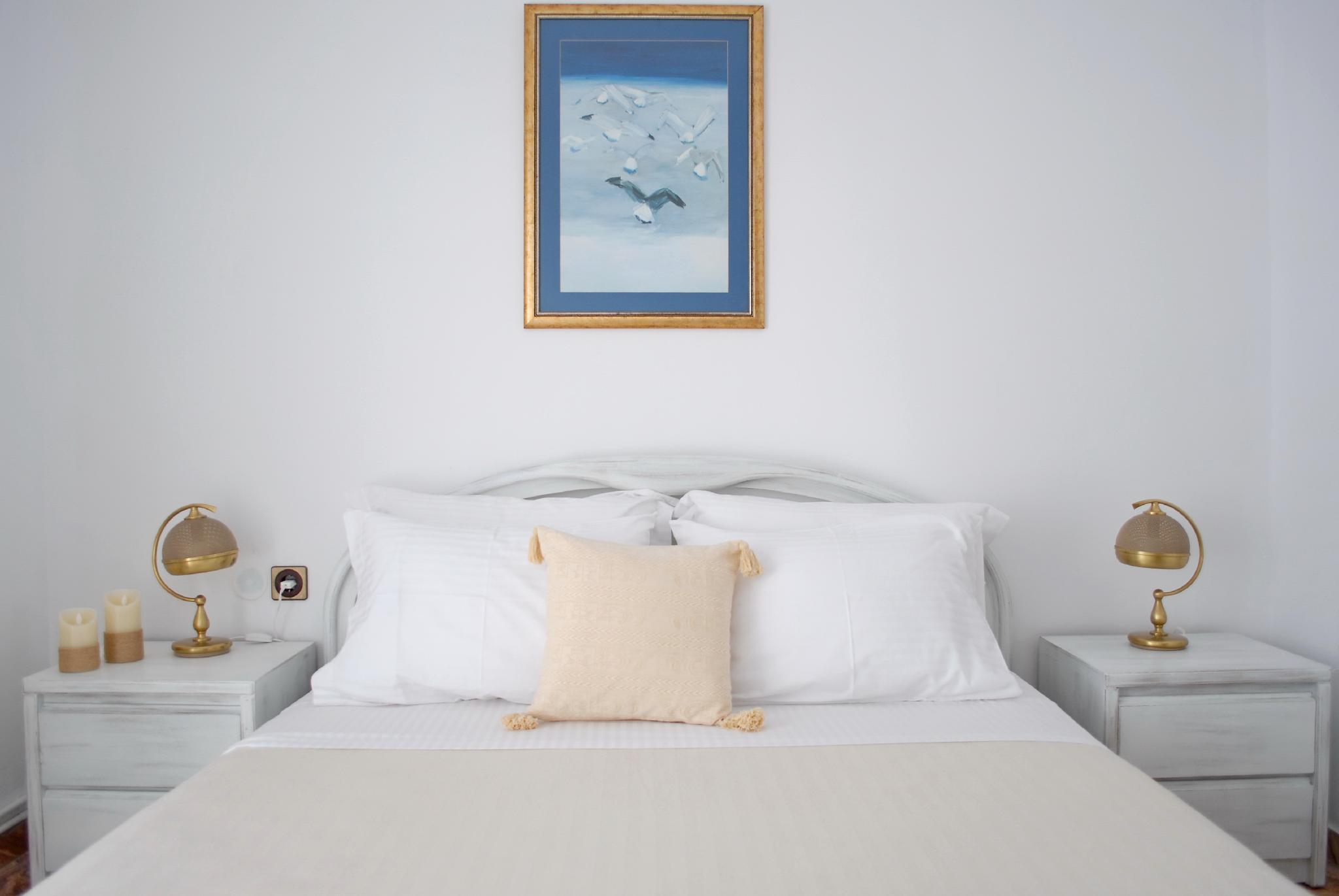 Grandma's Elegant Apartment In Naxos Town