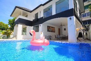 [パタヤ中心地]ヴィラ(450m2)| 4ベッドルーム/4バスルーム 4 Bedrooms Luxury Pool Villa