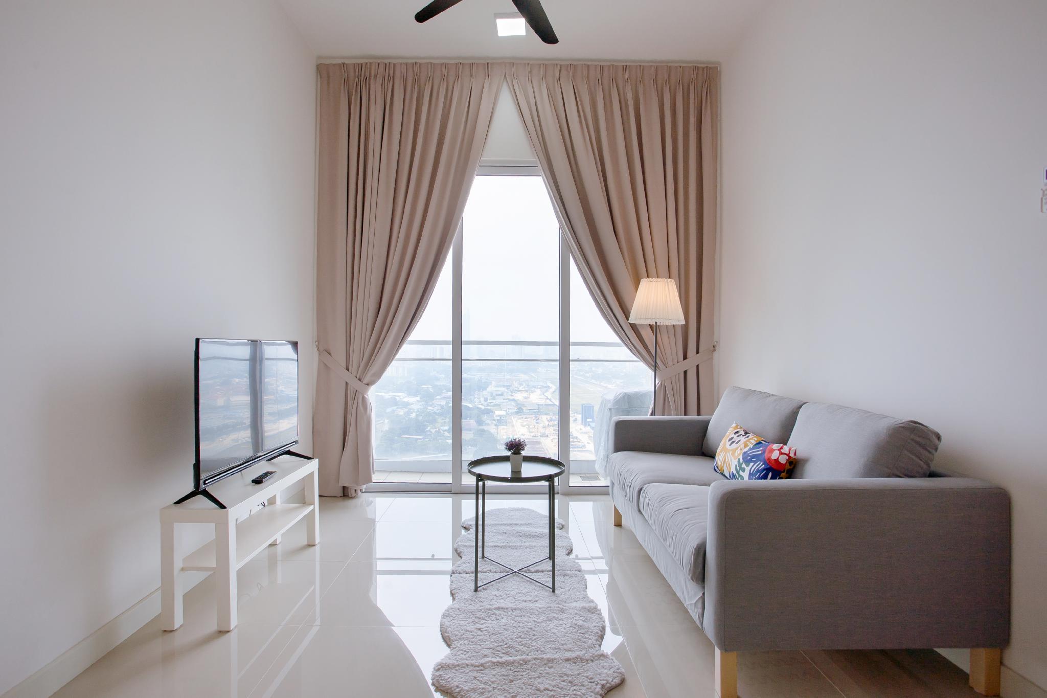 High Floor 2BR Desa Green Suite In KL+ Parking