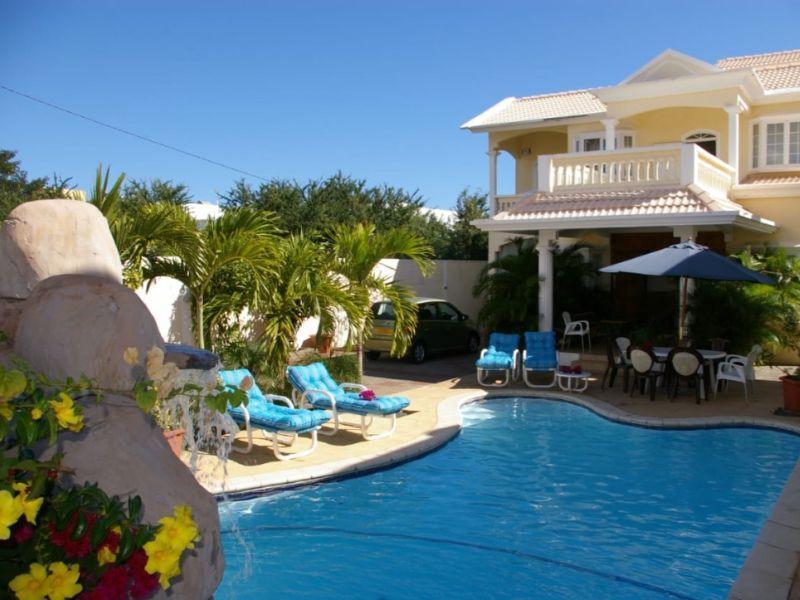 Villa Kondelyabr With A Pool In Flic En Flac