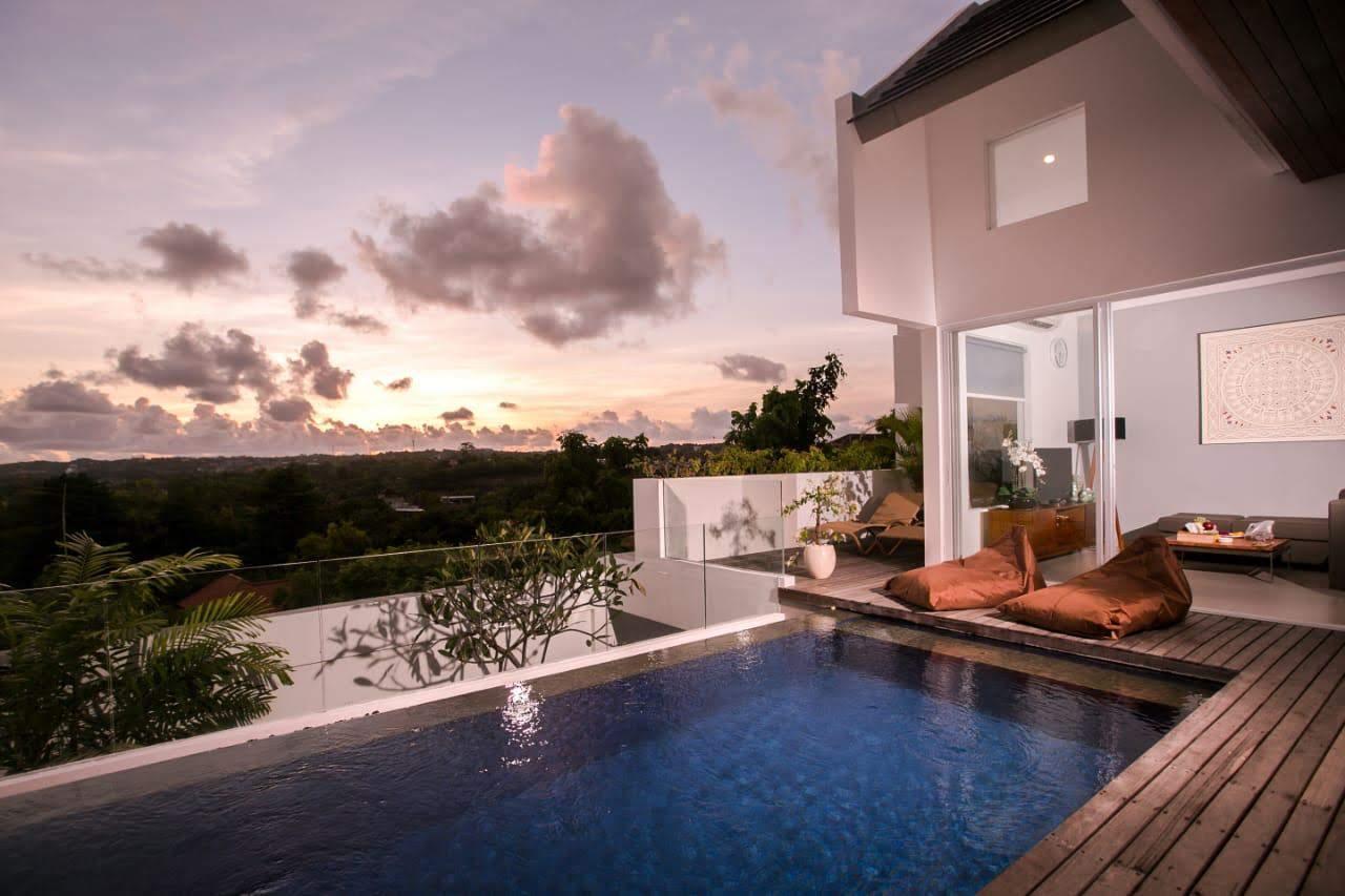 Lovely Villa 115