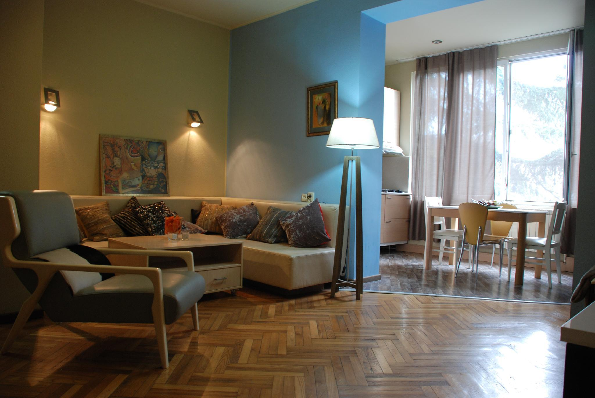 Cozy Apartment On Chitadze Street
