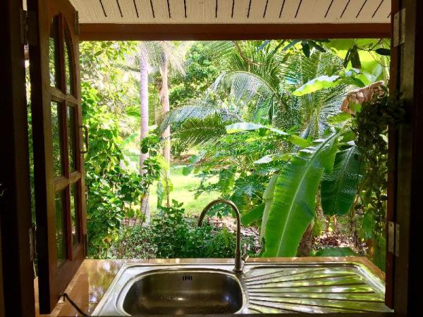 Beautiful house around the palms of Haad Salad Koh Phangan