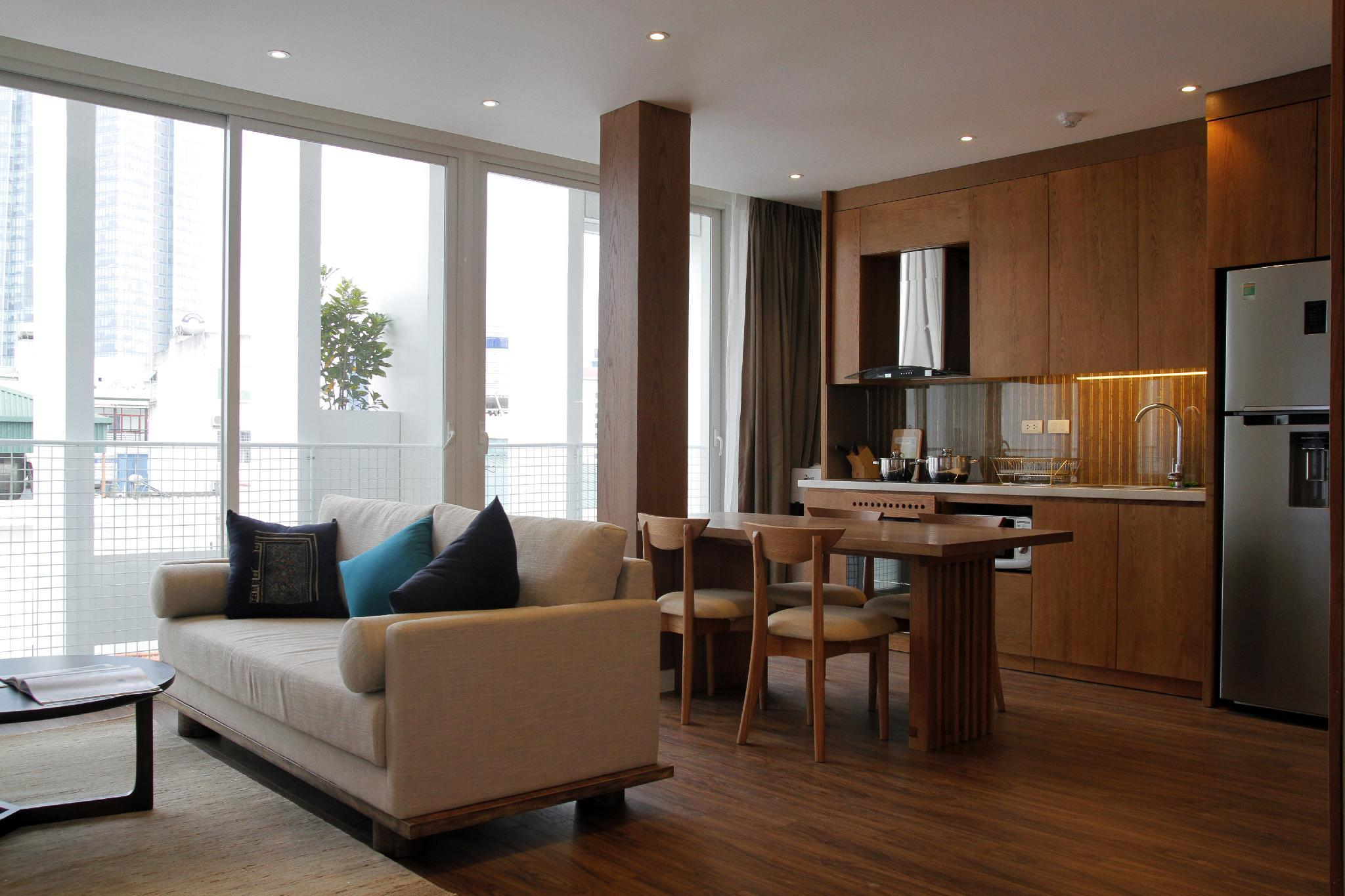 2 Bedrooms Modern And Convenient Dao Tan Street