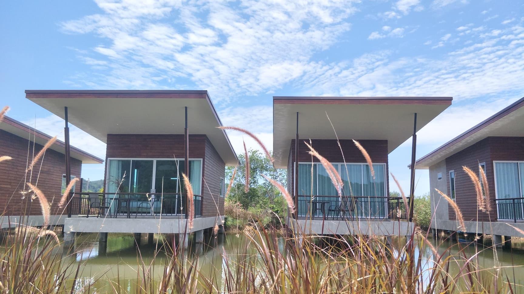 Amantra Lake View วิลลา 1 ห้องนอน 1 ห้องน้ำส่วนตัว ขนาด 55 ตร.ม. – สังกะอู้