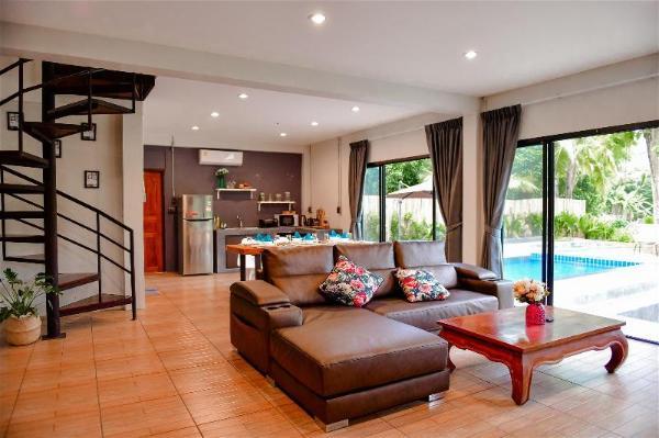 Hot spring Gardenscape pool villa / 4BR Chiang Mai