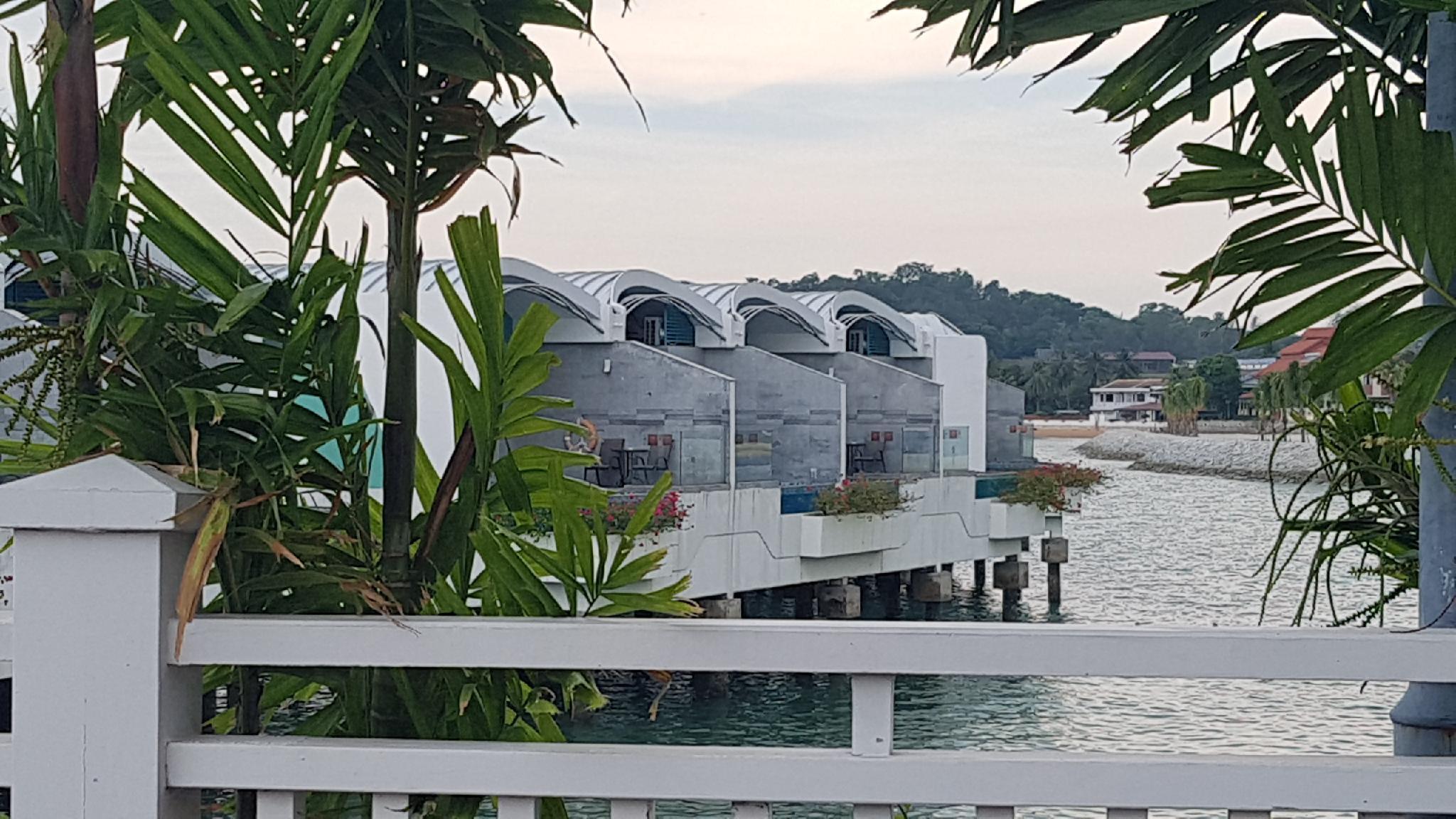 Tokido Hibiscus Water Villa Private Unit