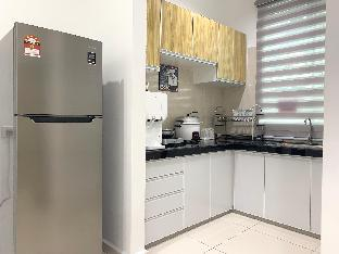 Фото отеля Cozy Townhouse V | 5mins walk to Duty Free Shop |
