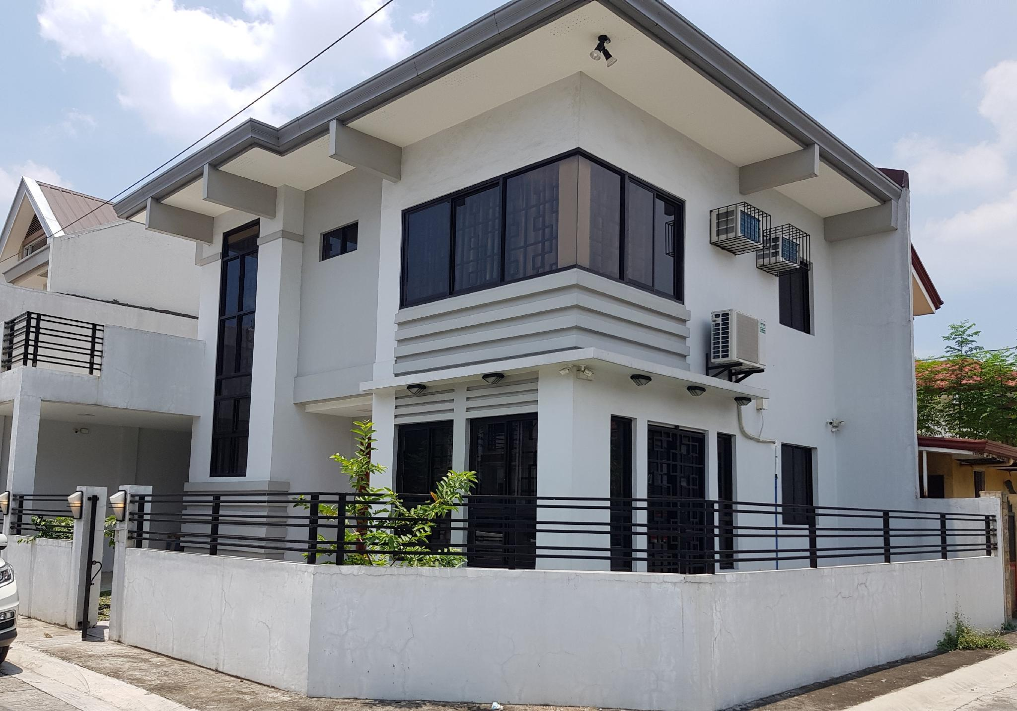 Elegant And Cozy 3bedroom House In A Quiet Community