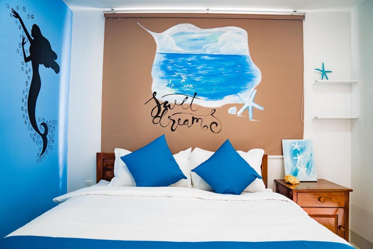 Deluxe With Balcony   La Sea Apartment 1 Nha Trang