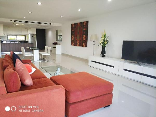 Luxury 2bd apartment in Surin beach with sea view Phuket