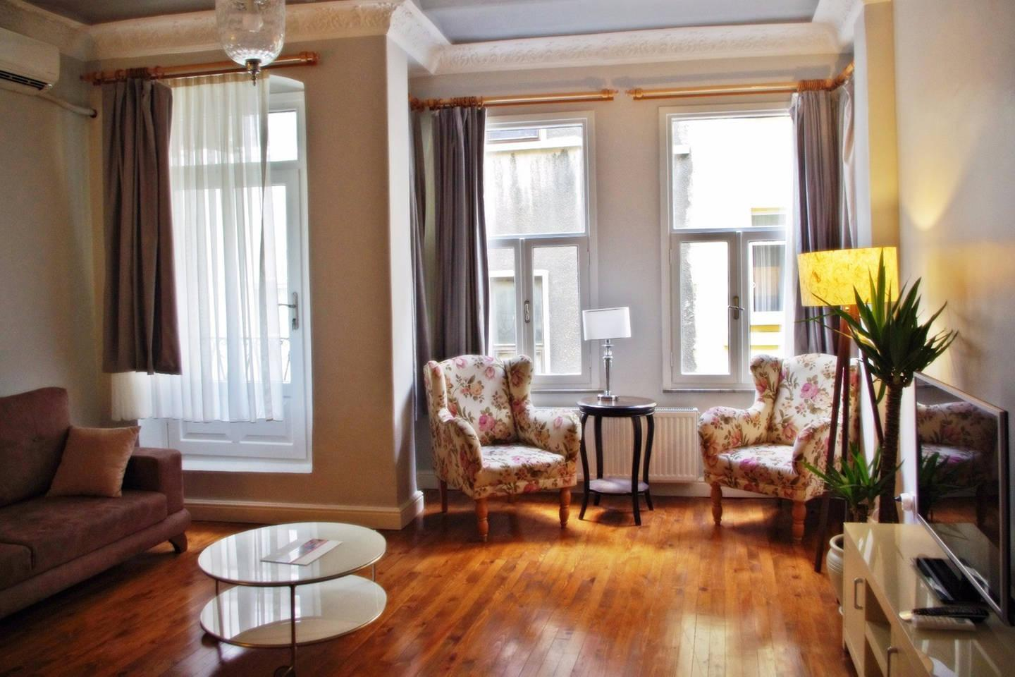 Cosy 3BR Flat Walking Distance To Galata Tower