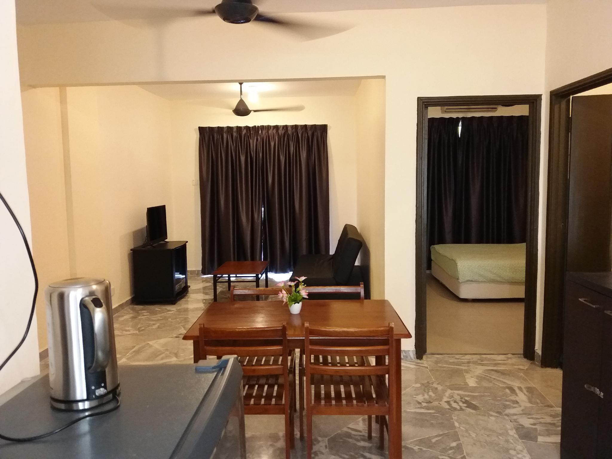 Couple Deluxe  B  2pax 1R1B @ Cocobay Resort Condo