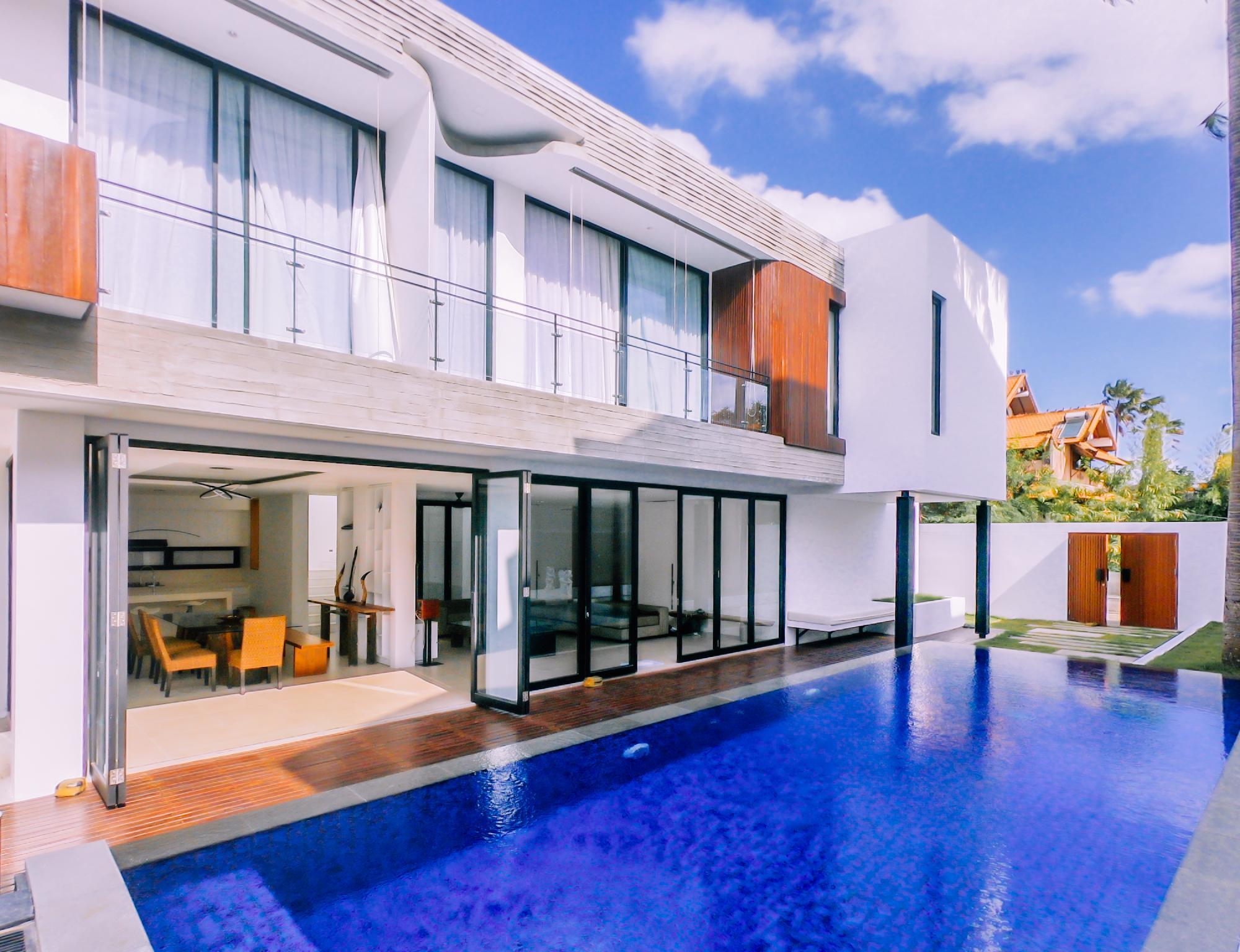 Berawa Beach Modern Style 2 BR Family Villa Damar