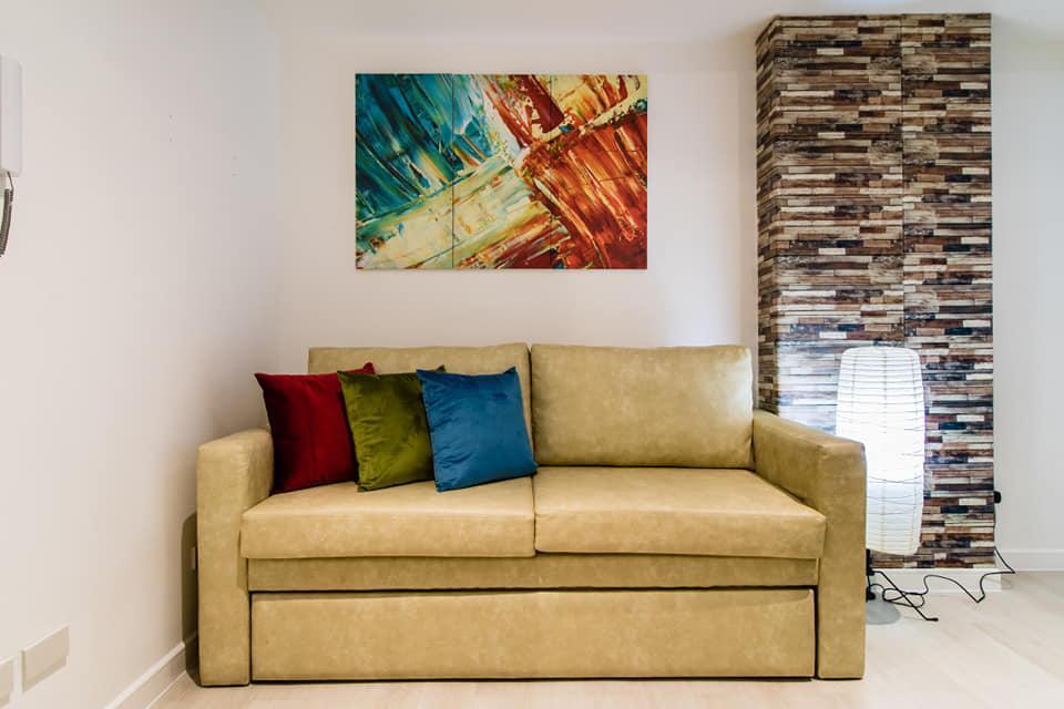 Comfy 2BR By Mackay @Azure Urban Resort Residences