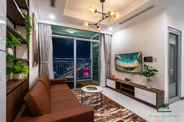 VINHOMES COZY  SPACIOUS APT FOR FAMILY/GROUP-2/BED Ho Chi Minh City