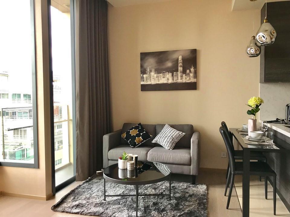 Luxury Condominium Located At The Center Of Asoke