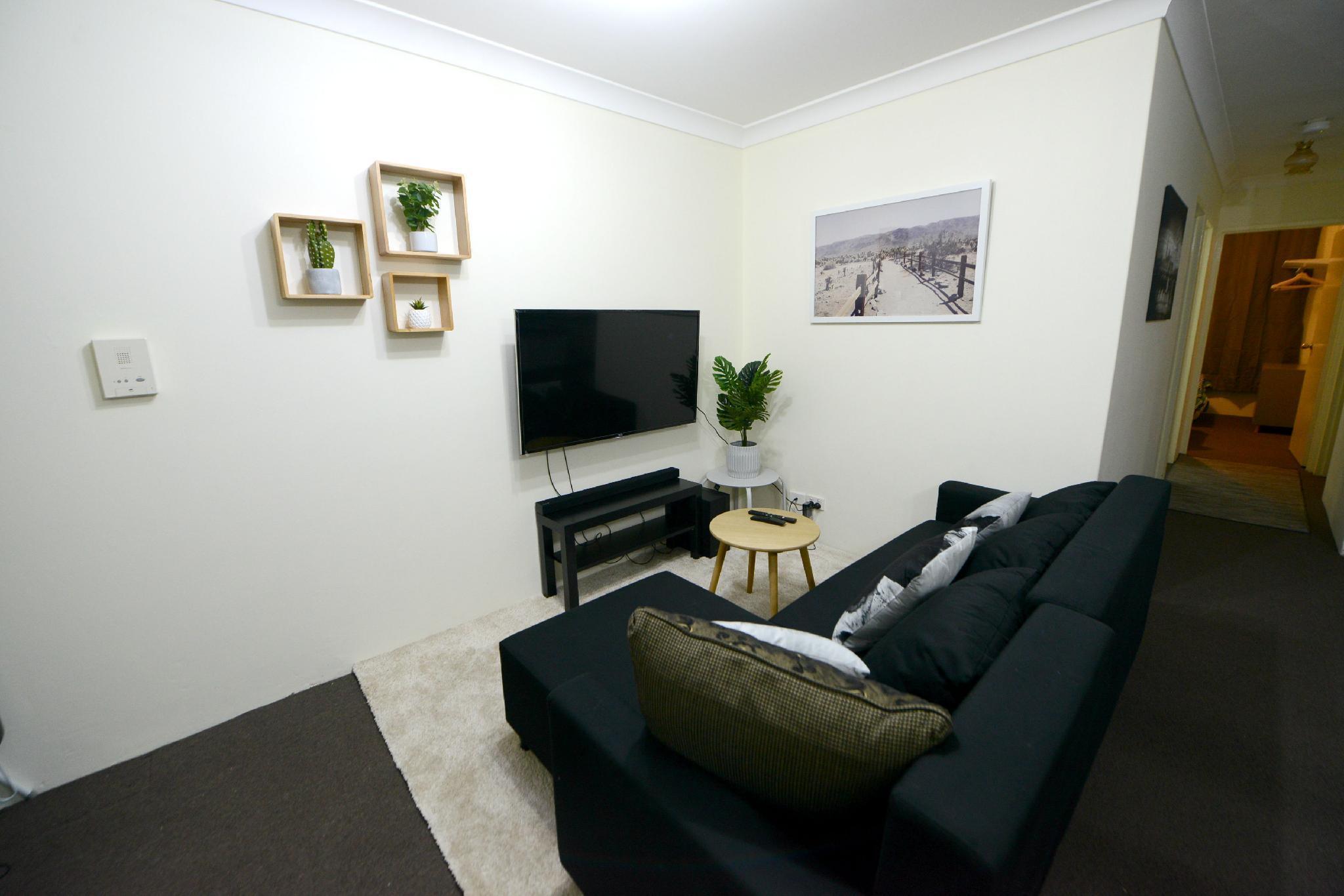 B13 Budget Gateway Sydney CBD @ Chippendale Green