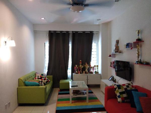 Shah Alam (IDCC)Apartment Nicely Homestay (11 ppl) Shah Alam