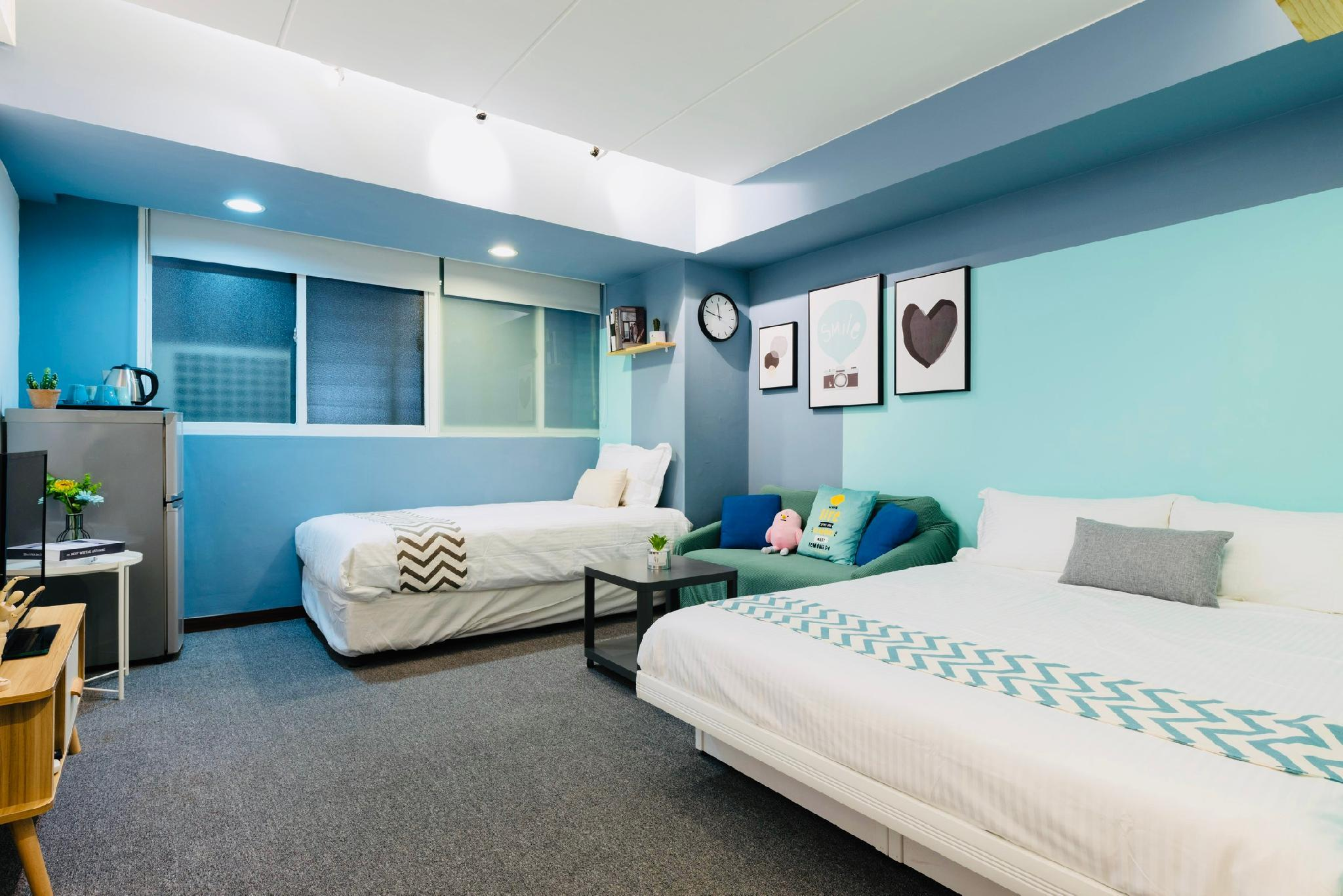Snap Popular And Clean Room Near Ximen MRT Station