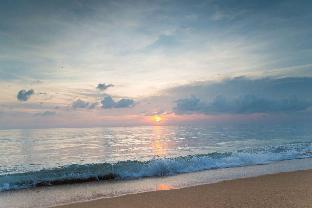 [マイカオ]アパートメント(97m2)| 2ベッドルーム/2バスルーム Baan Mai Khao 2BR Beachfront Condo with Pool View
