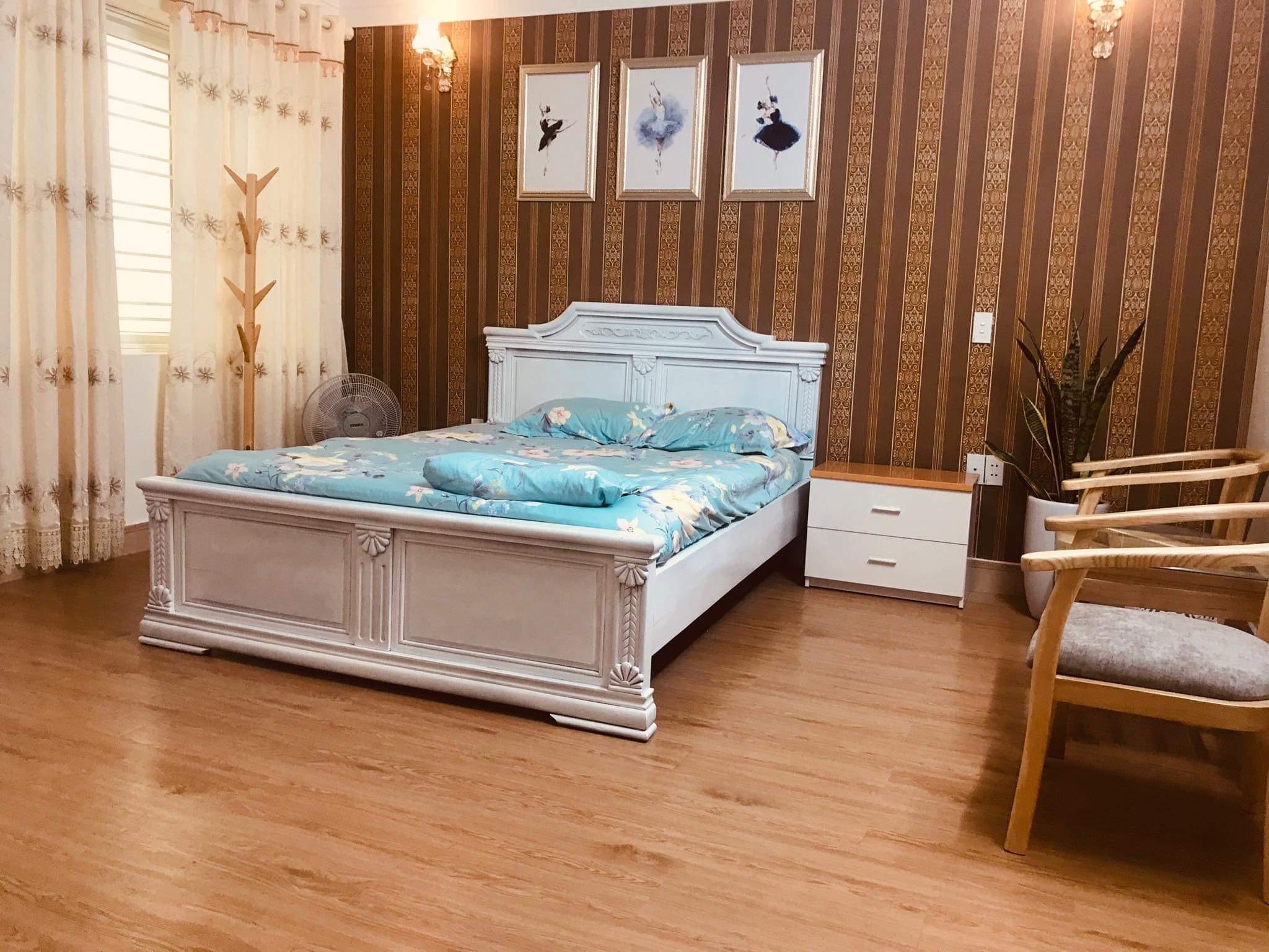 Vancao Green Homestay   Deluxe Room With Queen Bed