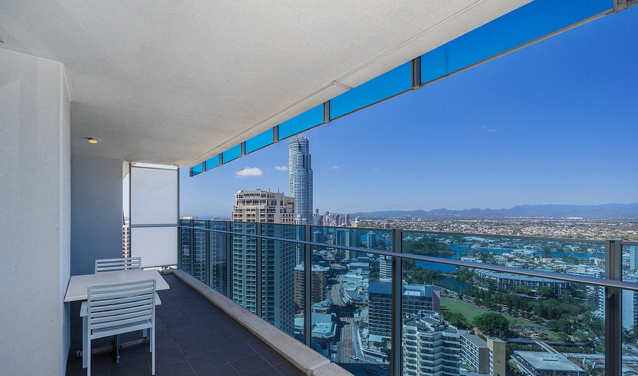 Pelicanstay At Hilton Surfers Paradise