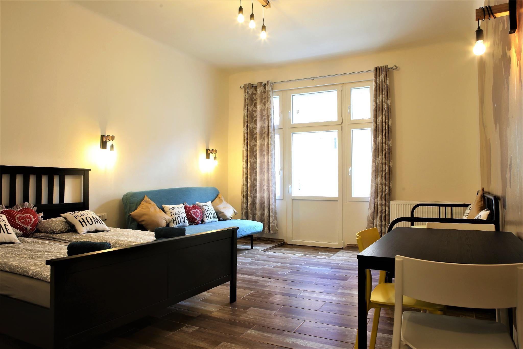 Ex-Cosy & Friendly Apartment 5 ( Center Praha 1)